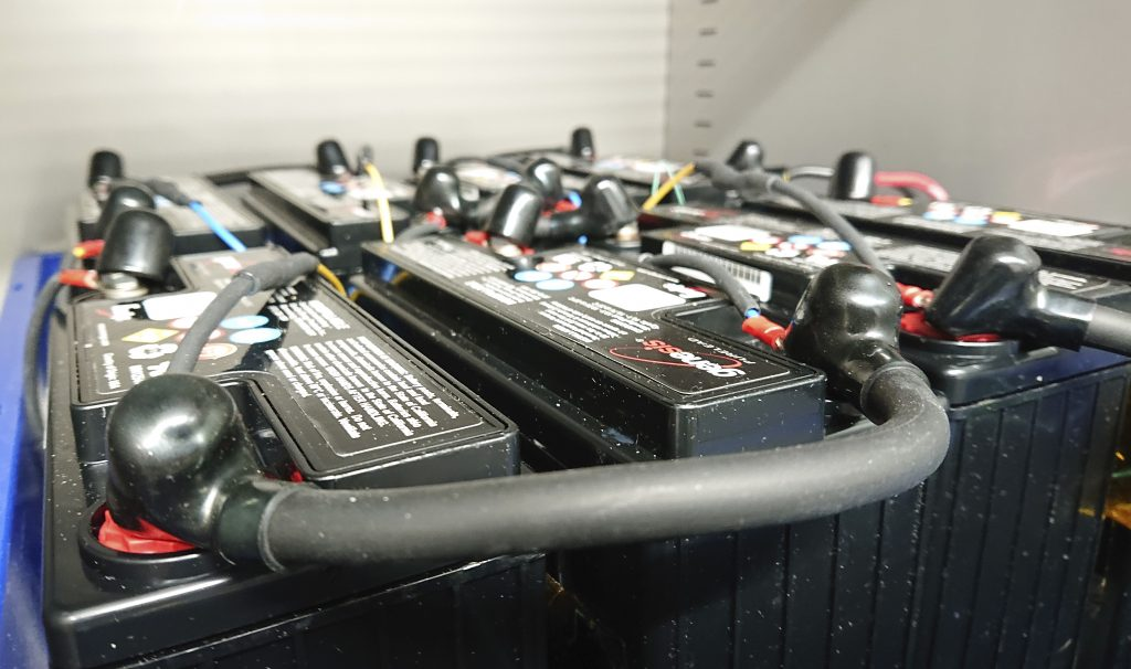 Long-term reliability testing of batteries